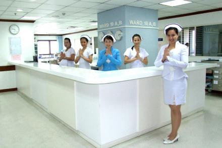 English-Speaking Nurses - Yanhee Hospital - 然禧医院